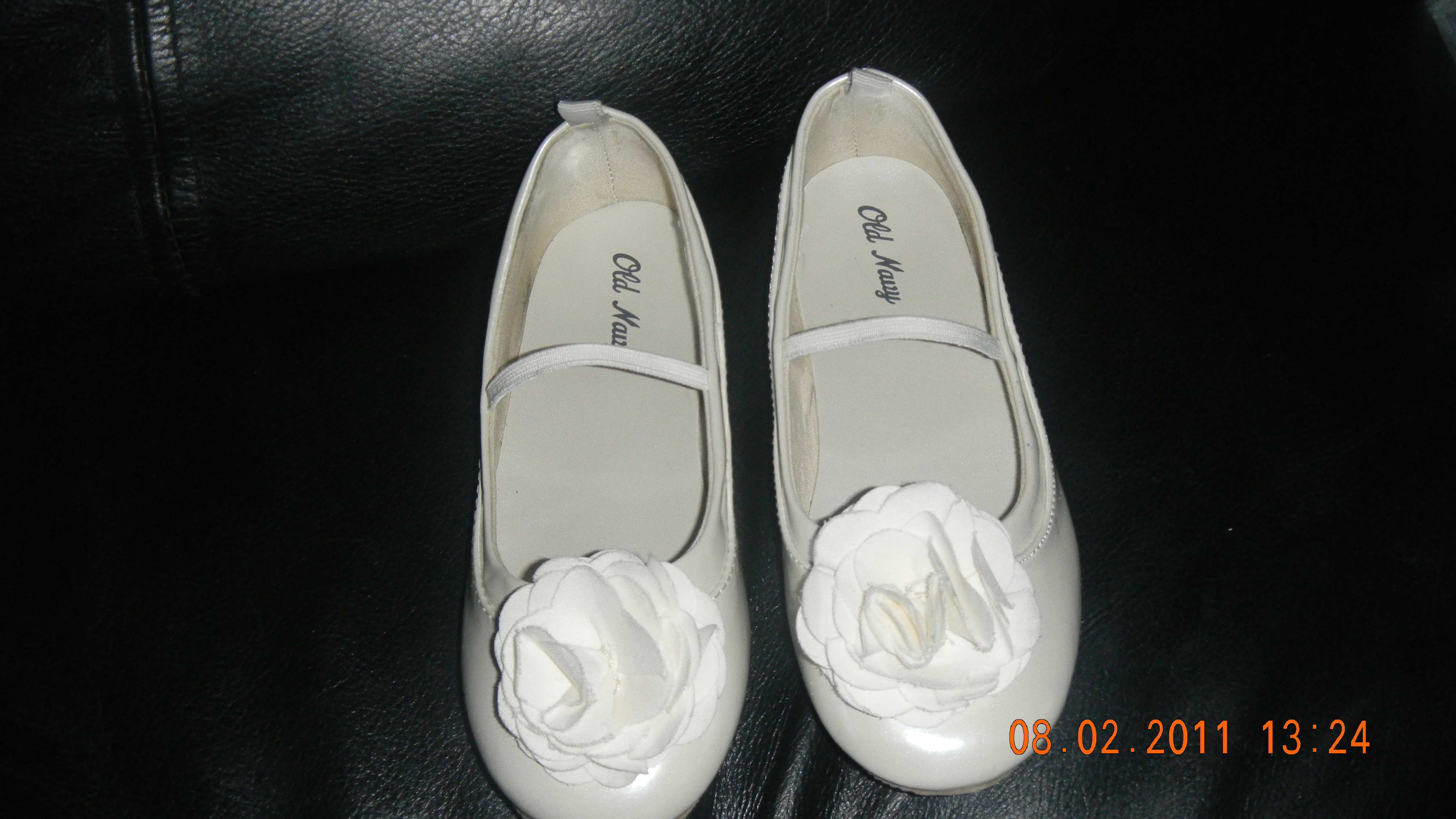 Ceremony, Flowers & Decor, Shoes, Fashion, white, Ceremony Flowers, Flowers, Flower Wedding Dresses