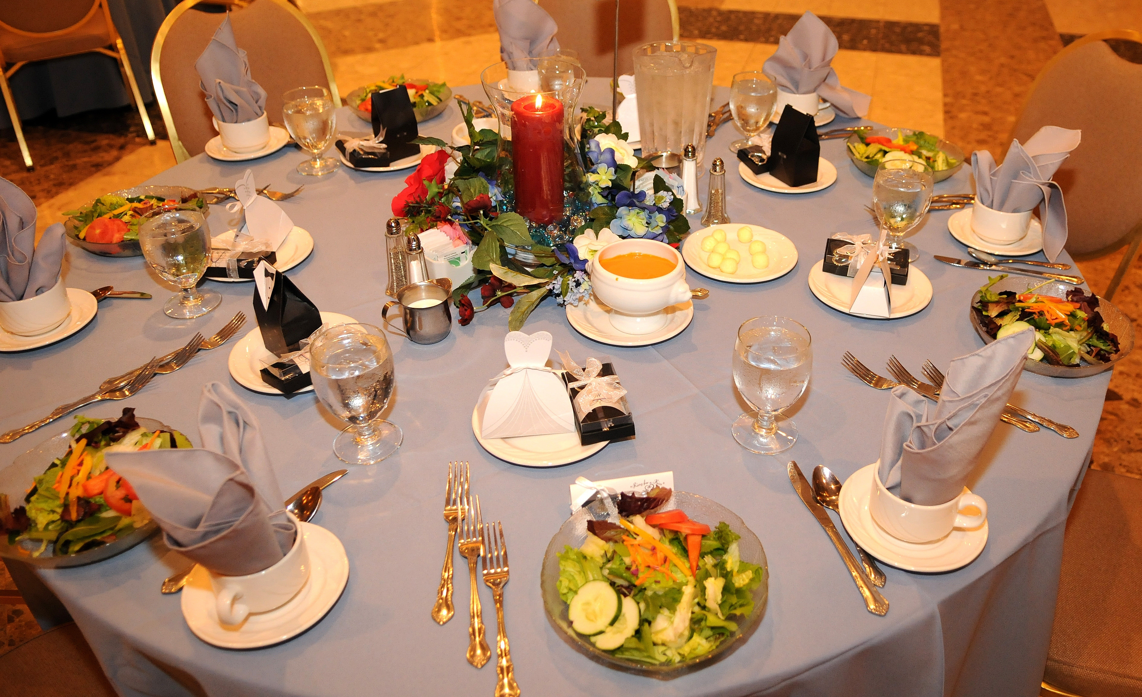 Reception, Flowers & Decor, red, blue, Table, Guest