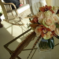 Flowers & Decor, white, orange, brown, Flowers