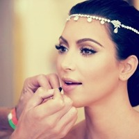Beauty, Jewelry, silver, Earrings, Makeup, Headpiece, Kim, Kardashian