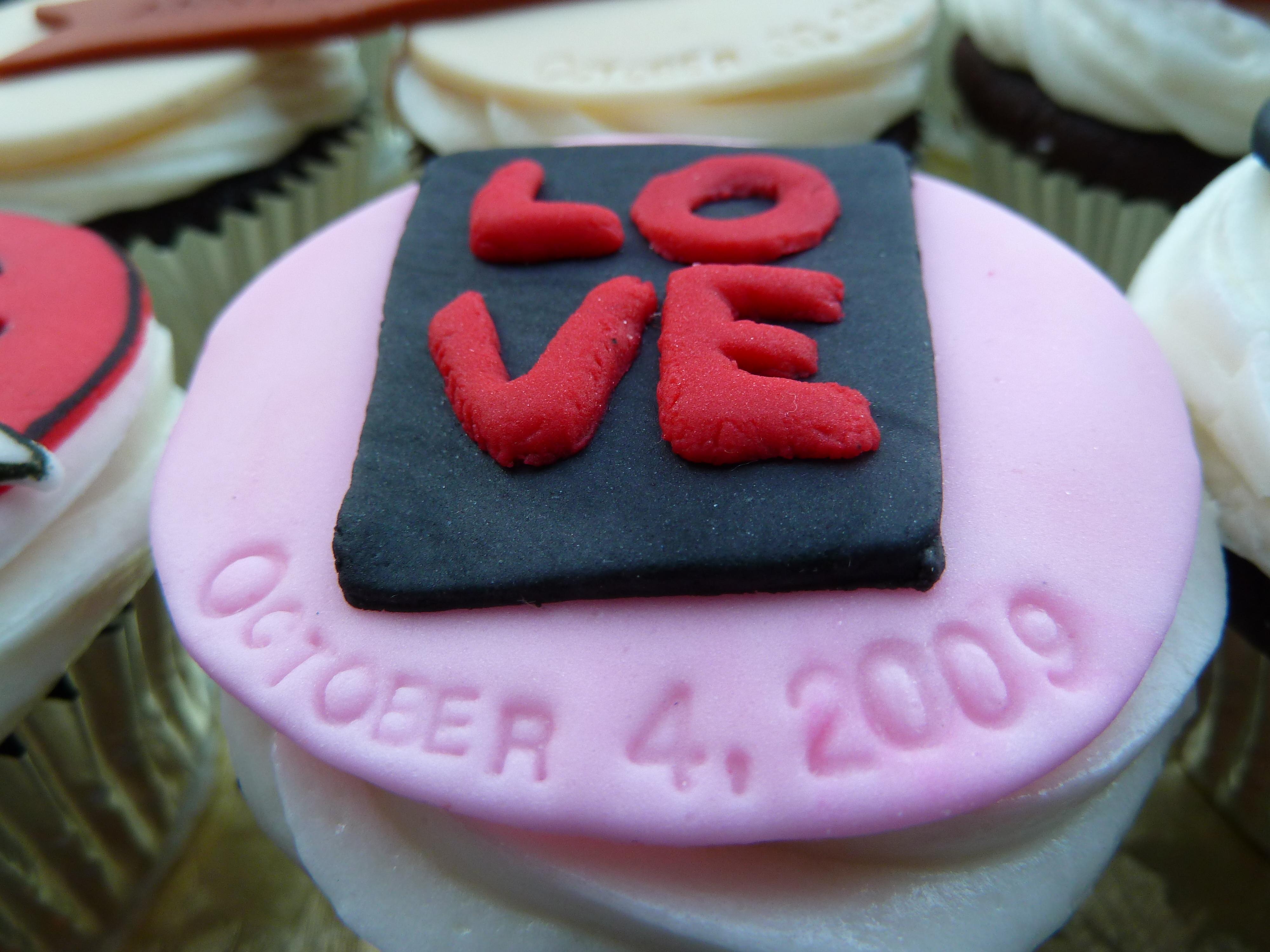 Cakes, cake, Anniversary cupcake