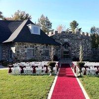 Ceremony, Flowers & Decor, red