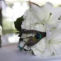 Flowers & Decor, white, green, Flower, Bouquet, Peacock