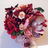 Flowers & Decor, Bridesmaids, Bridesmaids Dresses, Fashion, pink, red, Bridesmaid Bouquets, Flowers, Flower Wedding Dresses