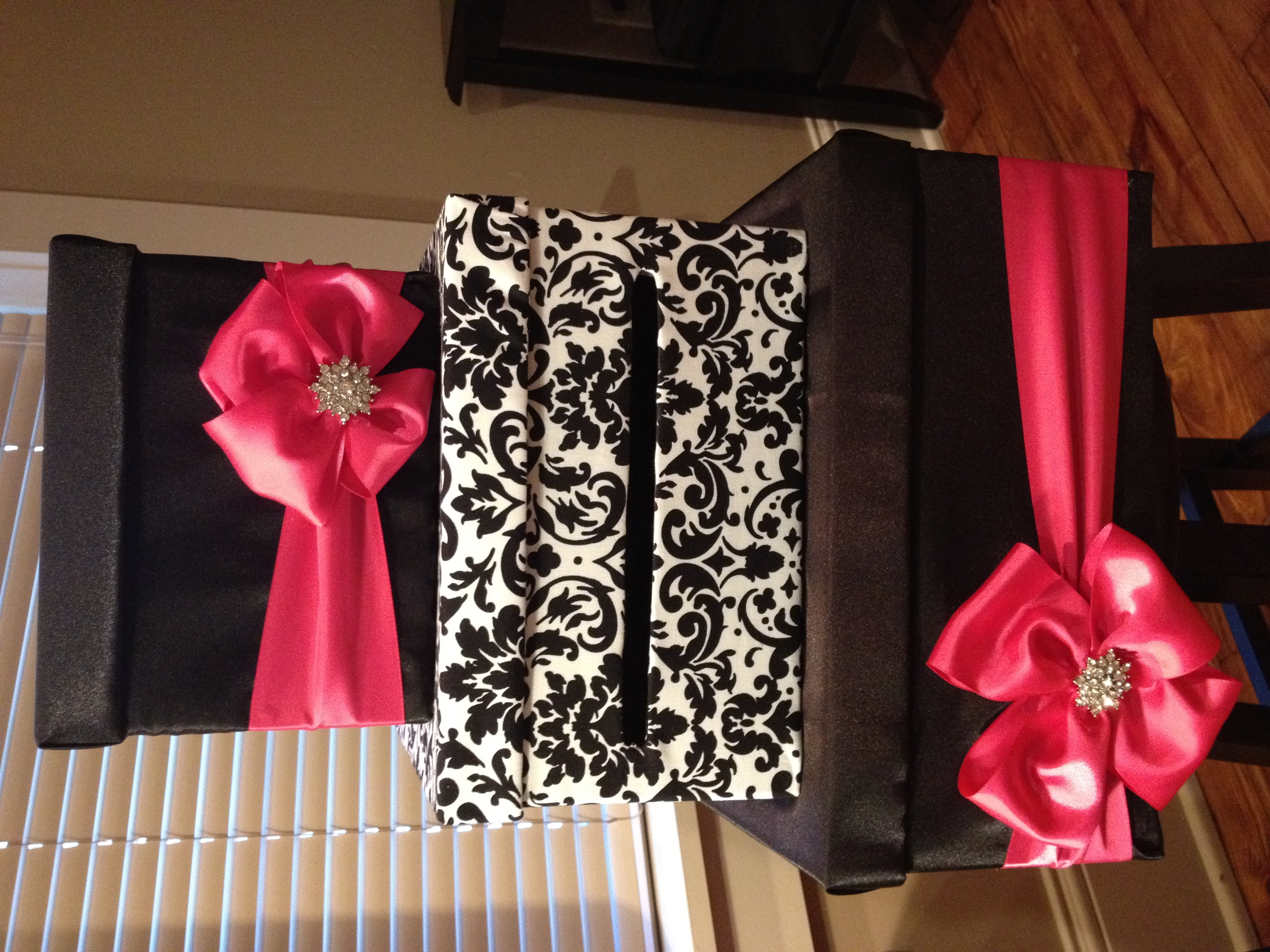 pink, black, Box, Card