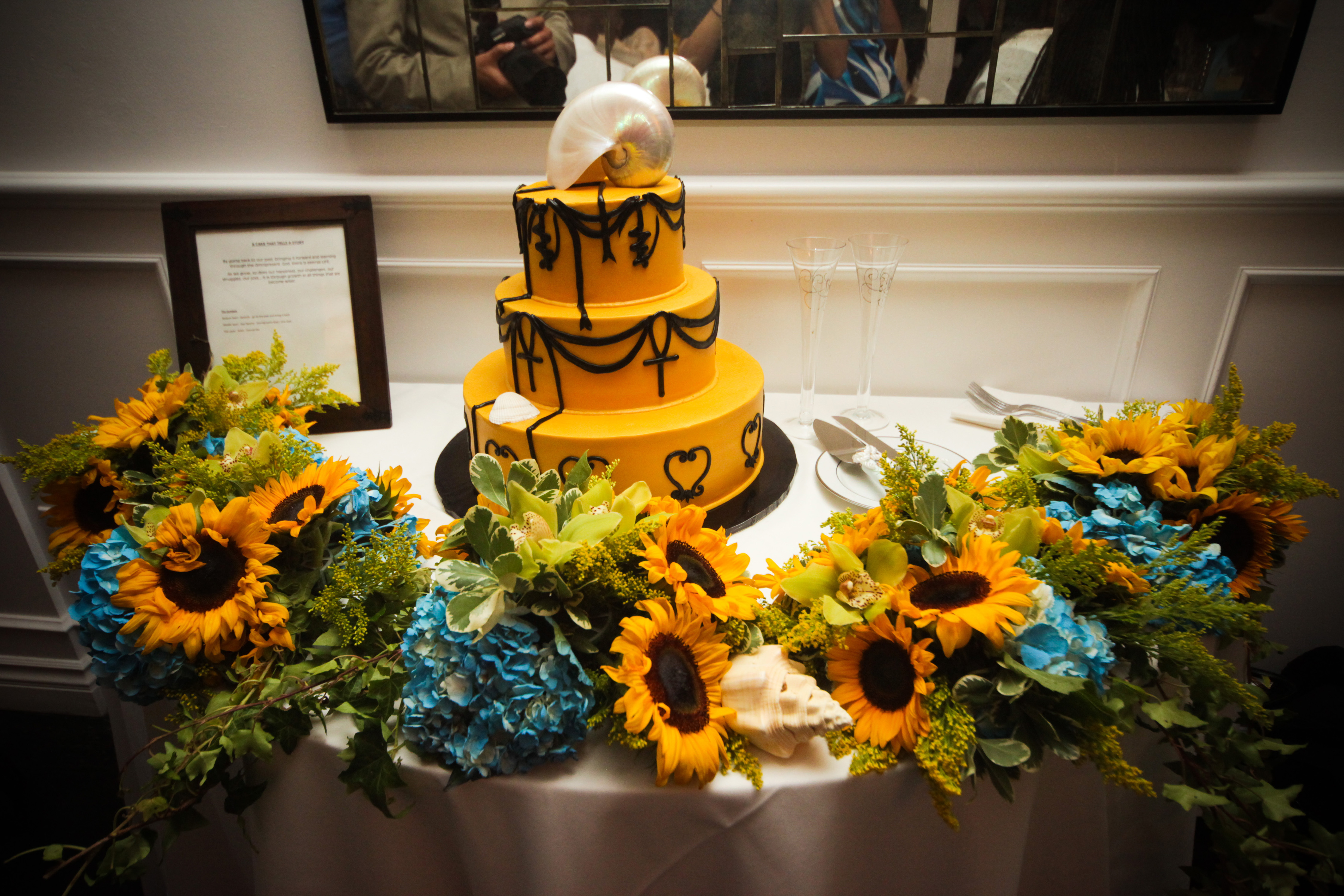 Cakes, yellow, brown, black, gold, cake, Theme, African, Symbols, Adinkra