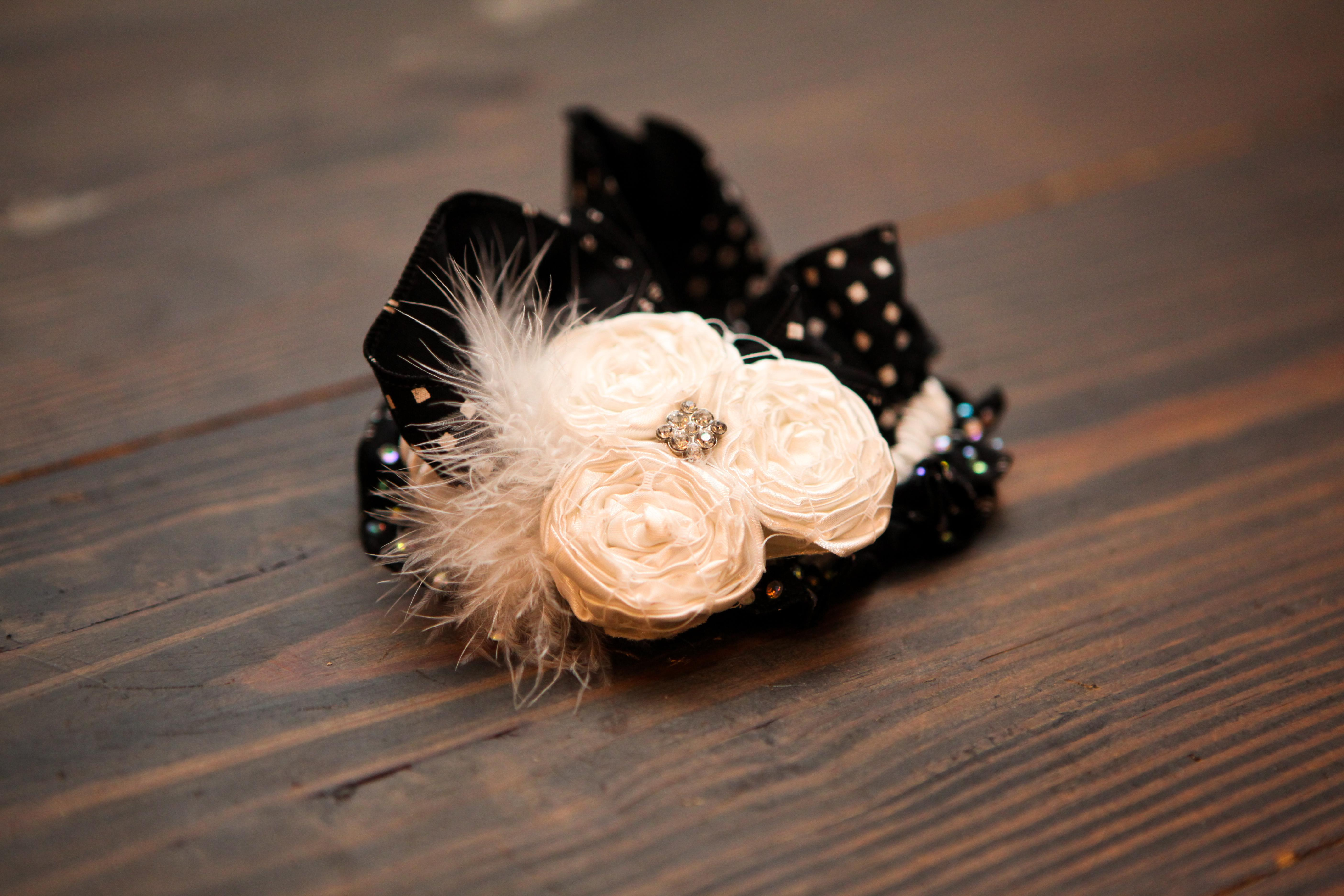 Garter, Details, Dallas, Theater wedding, Lakewood theater