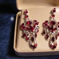 Jewelry, red