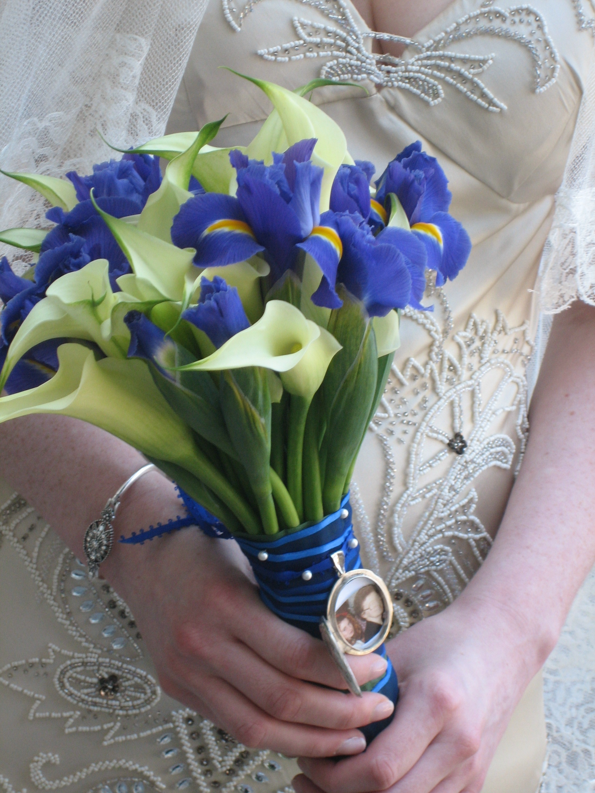 Ceremony, Flowers & Decor, blue, silver, Ceremony Flowers, Flowers