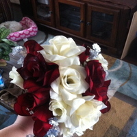 Flowers & Decor, Bridesmaids, Bridesmaids Dresses, Fashion, white, red, Bridesmaid Bouquets, Flowers, Flower Wedding Dresses