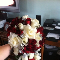 Reception, Flowers & Decor, white, red, Flowers
