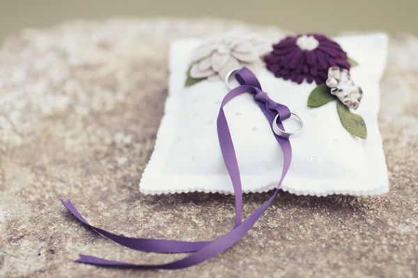 white, purple, Ribbon, Pillow, Sandra juan