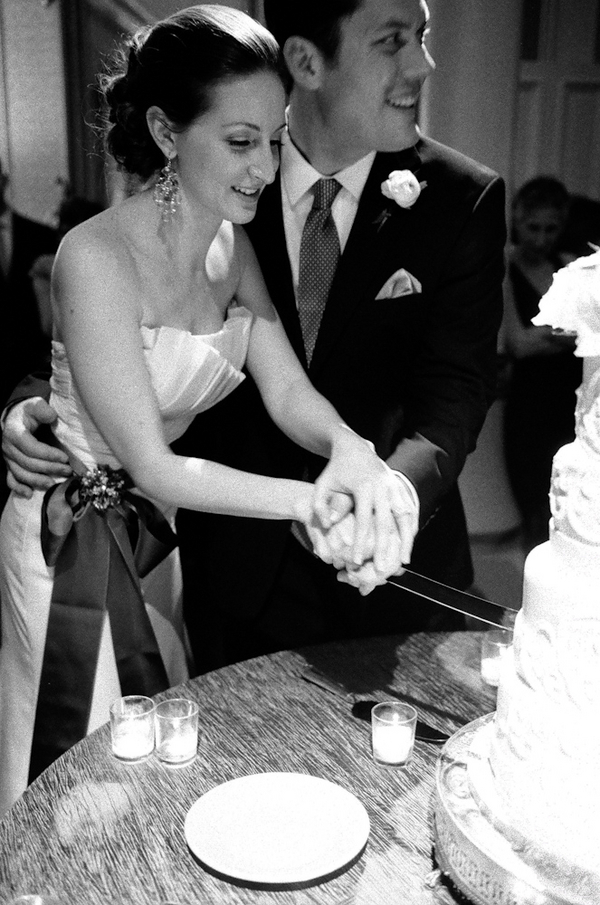 Cakes, cake, Bride, Groom, Portrait, Couple, Knife, Cut, Candlelight, Sophisticated, Amanda john