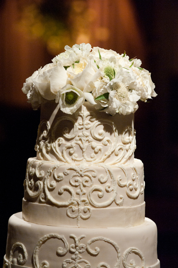 Flowers & Decor, Cakes, ivory, cake, Flowers, Tiered, Design, Architecture, Tier, Candlelight, Sophisticated, Amanda john, Tesar, Tracy
