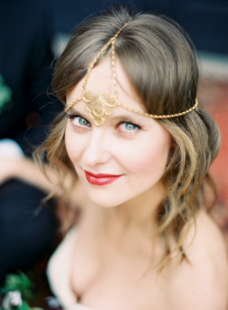 Beauty, red, Makeup, Wedding, Wavy, Headpiece, Lips, Aude gilles, Haire