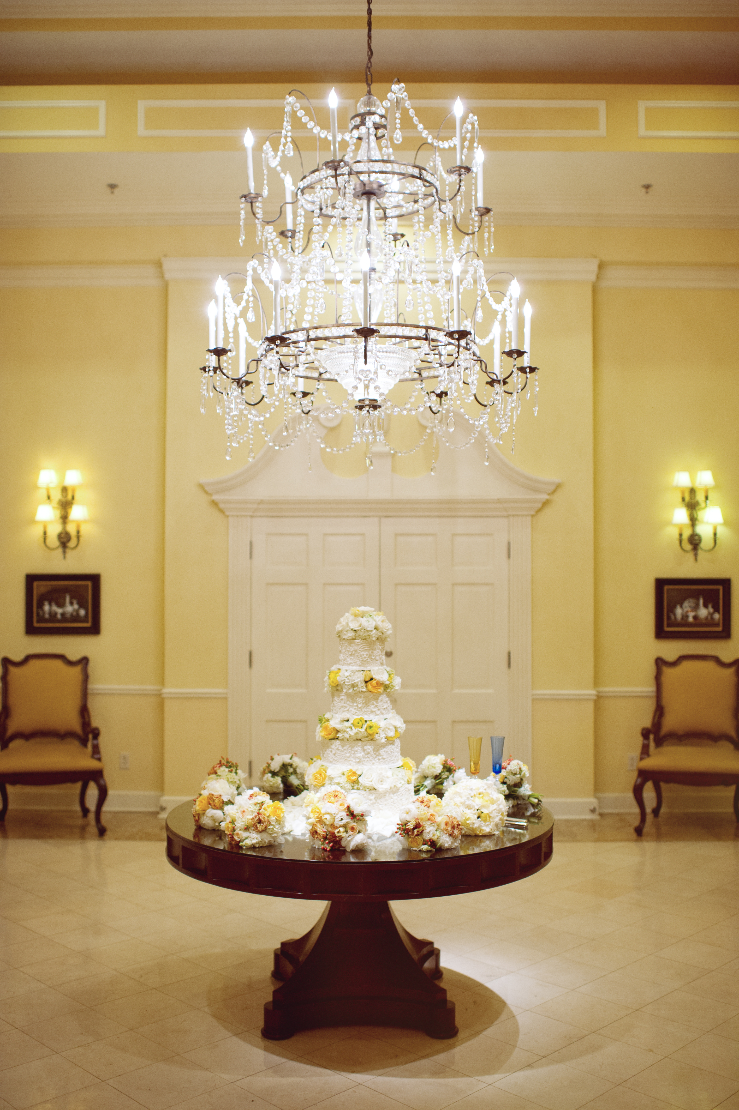 Cakes, white, yellow, cake, Chandelier, Jen kevin