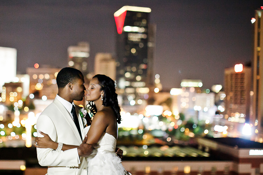 Lighting, Bride, City, Groom, Skyline, Atlanta, Asha bryson