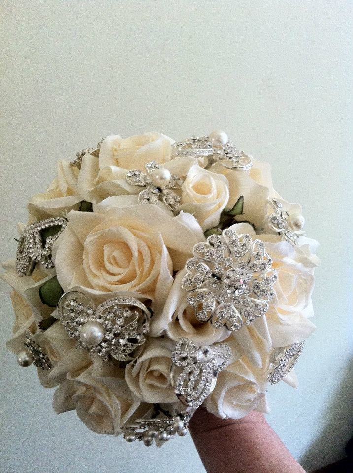 Beauty, Ceremony, Reception, Flowers & Decor, Favors & Gifts, Jewelry, Bridesmaids, Bridesmaids Dresses, Wedding Dresses, Fashion, white, yellow, orange, pink, red, purple, blue, green, brown, black, silver, gold, dress, Brooches, Favors, Ceremony Flowers, Bride Bouquets, Bridesmaid Bouquets, Bride, Flowers, Flower, Girl, Hair, Bouquets, Brooch, Inspiration board, Flower Wedding Dresses
