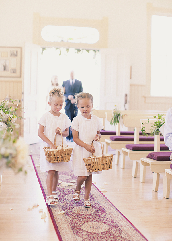 Ceremony, Flowers & Decor, white, Flower, Girls, Church, Petals, Aisle, Pews, Baskets, Kiki dan