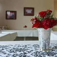 Flowers & Decor, white, red, black, silver, Flowers