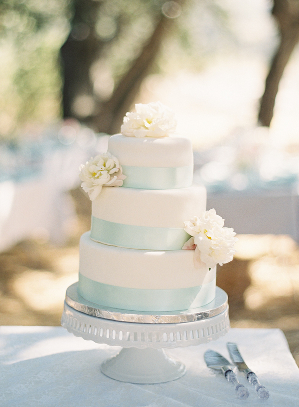 Cakes, white, blue, cake, Floral, Stand, Diana john, Diana j