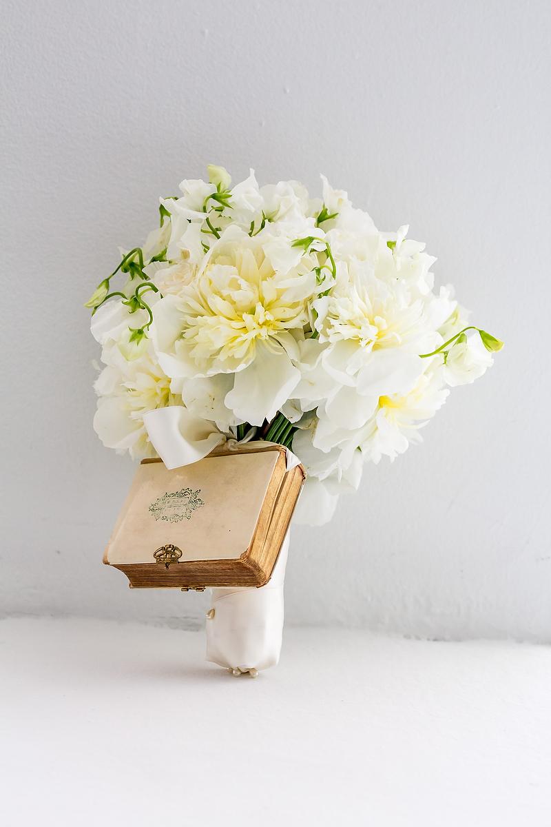 white, Bouquet, Shera dan, Shera daniel