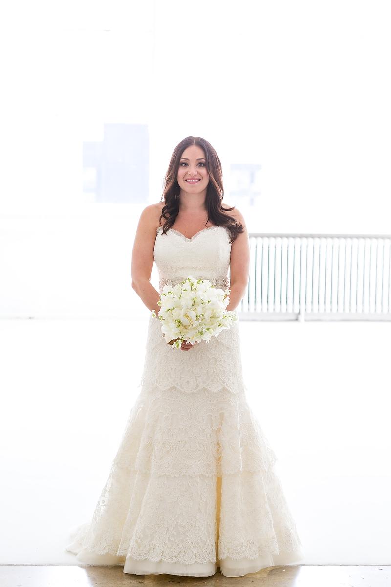 white, Bride, Bouquet, Gown, Rivini, Shera dan, Shera daniel