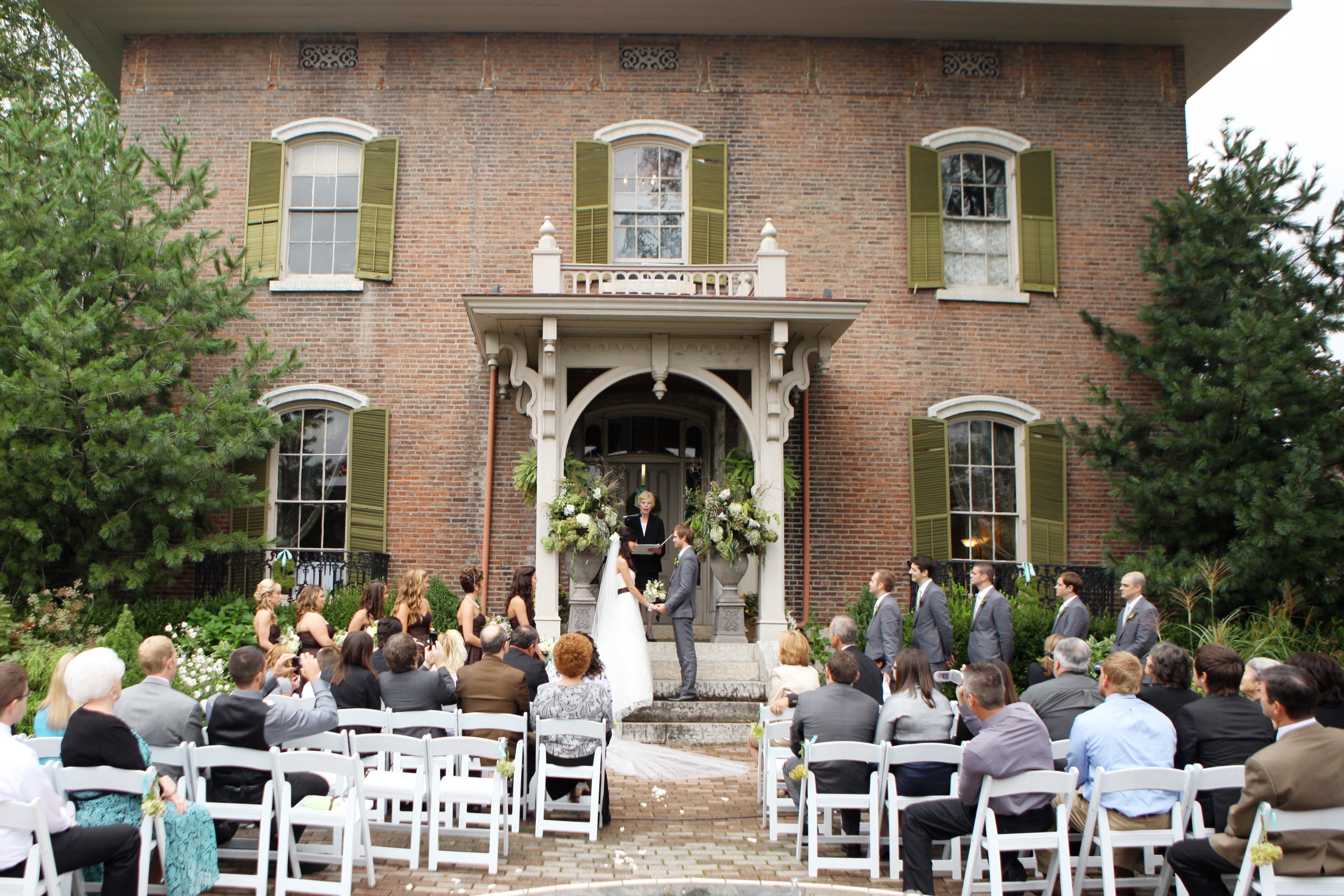 Ceremony, Flowers & Decor, Fall, Outdoor, Mansion, Courtney sawyer