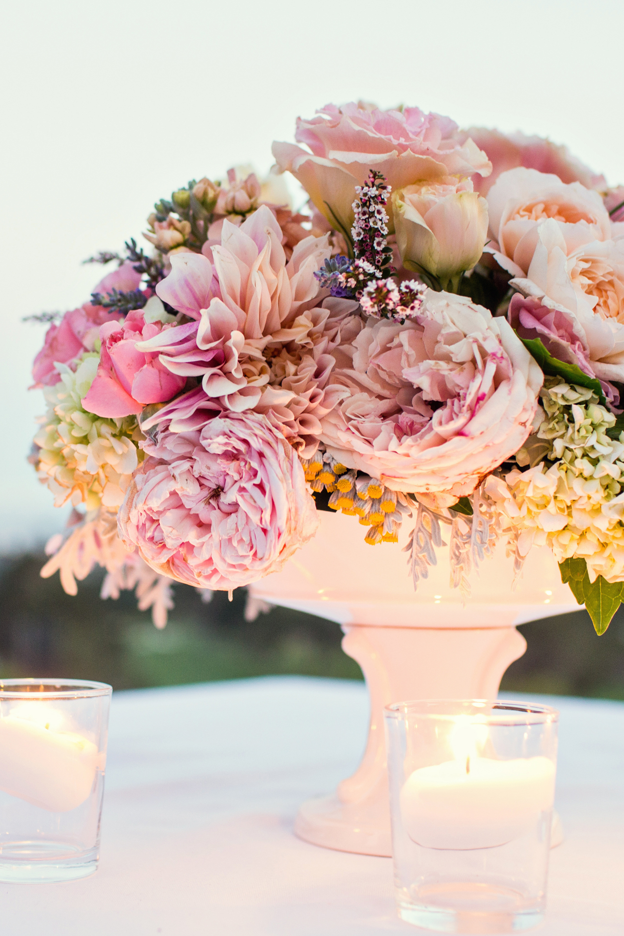 Flowers & Decor, white, yellow, pink, Centerpieces, Garden, Roses, Cream, Coral, Violet, Pastel, Jeanne johnhan