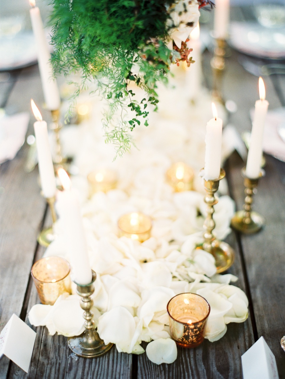gold, Rustic, Romantic, Rose, Petals, Elegance, Votives, Candlelight, Clover, Love poems styled wedding