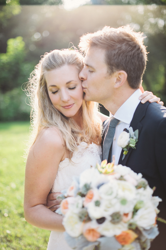 Bride, Bouquet, Groom, Portrait, Kiss, Bridal, And, Lissa paul