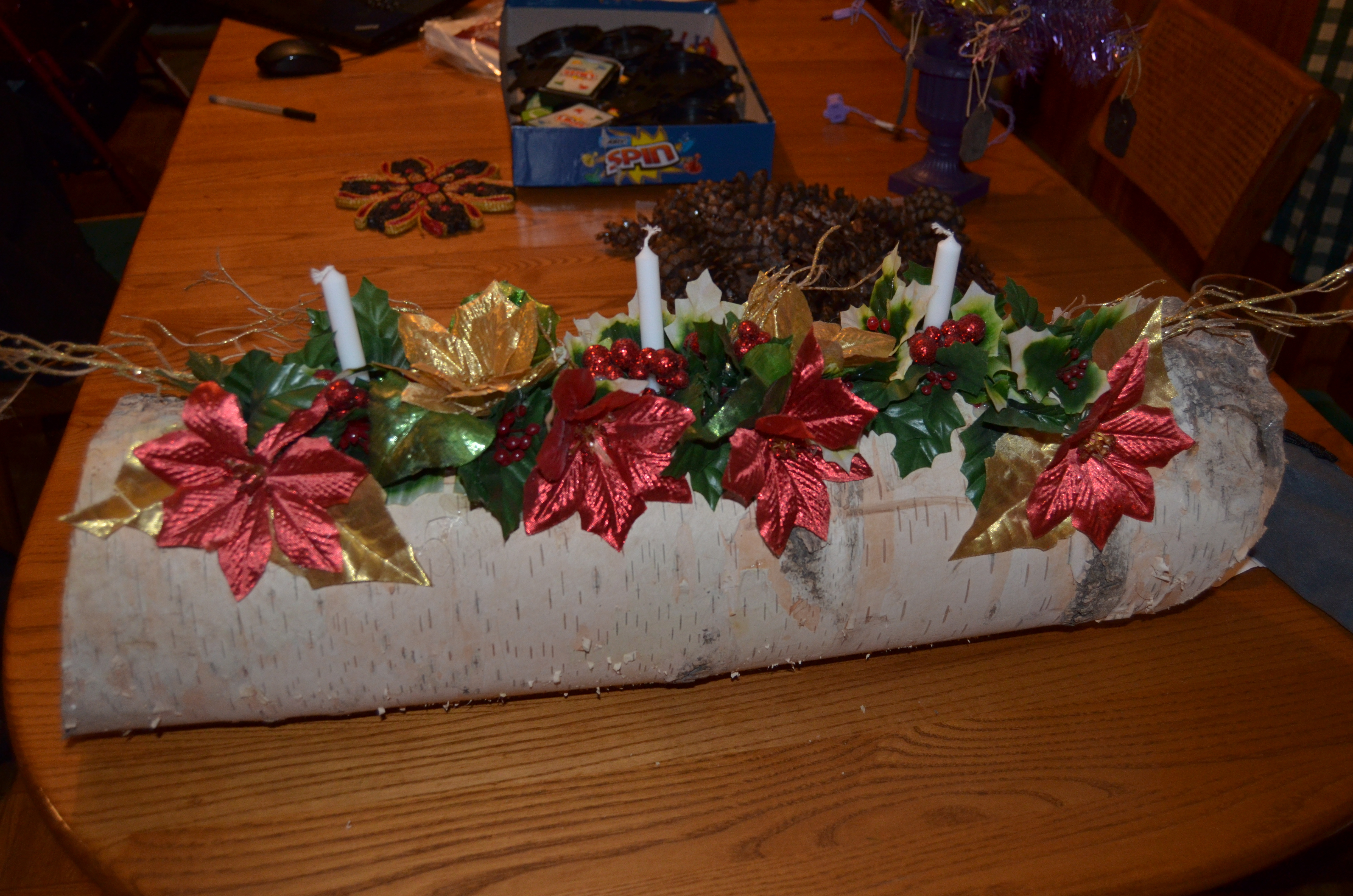 white, red, green, brown, black, silver, gold, Yule log