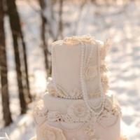 Flowers & Decor, Cakes, white, cake, Rustic, Flower, Pearls, Inspiration board, Girly