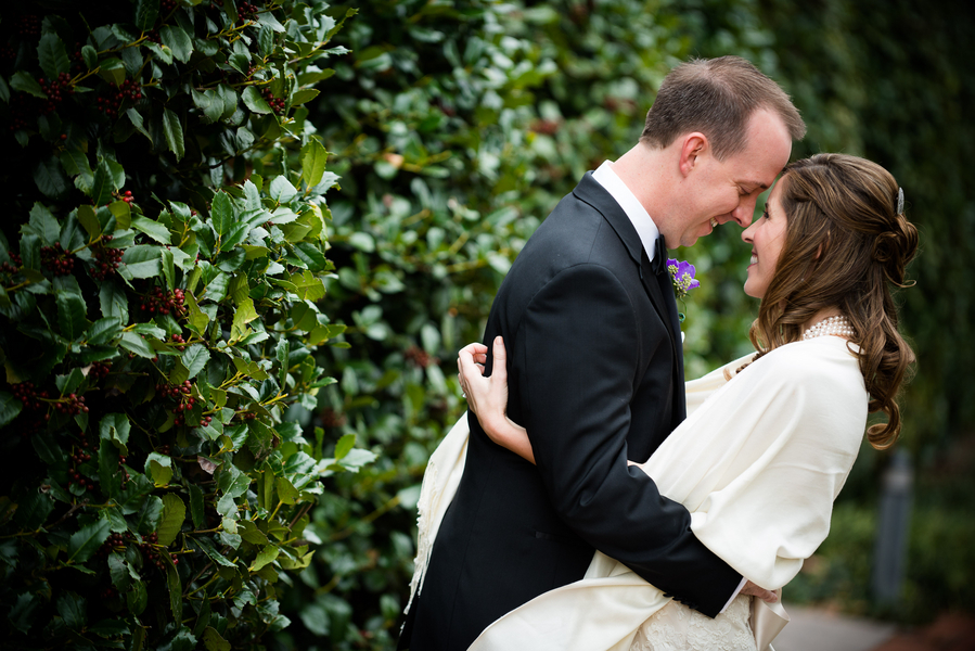 green, Bride, Groom, Portrait, Kiss, Jennifer jamie
