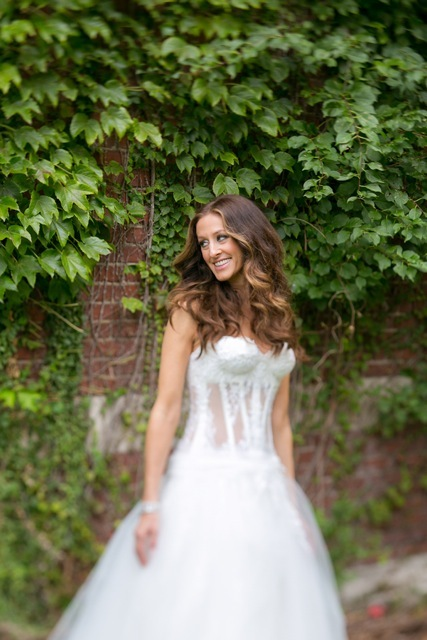 Marisa harris, Corset wedding dress