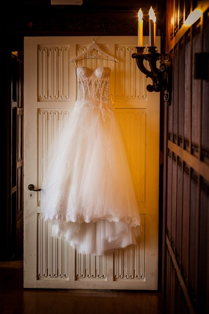 Pnina tornai, Marisa harris, Corset wedding dress