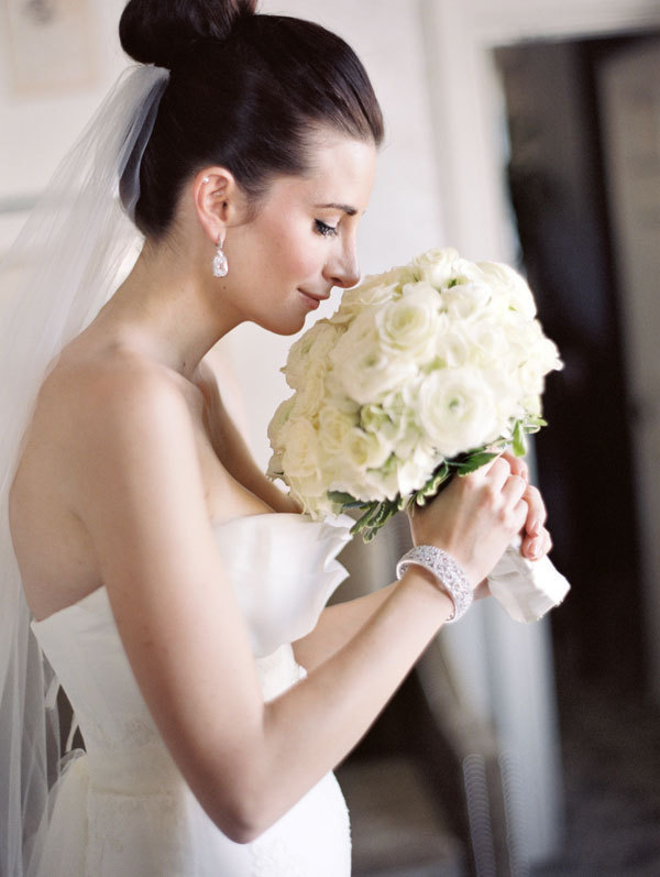 Classic, Bride, Bouquet, Romantic, Elegant, Vera, Wang, Meagan david