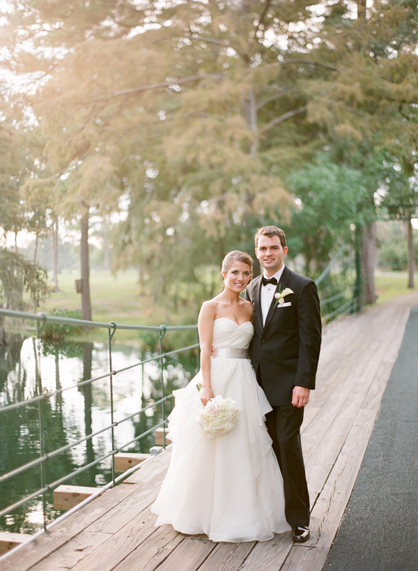 Classic, Bride, Groom, Portrait, Romantic, Texas, Formal, Carly darion