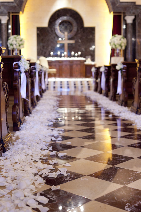 Classic, Church, Elegant, Rose, Petals, Indoor, Checkered, Ceremony aisle, Lauren doug