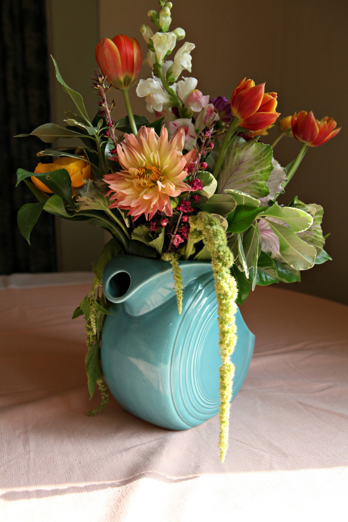 Flowers & Decor, blue, Centerpieces, Flowers, Centerpiece, Pottery, Fiesta