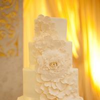 Flowers & Decor, Cakes, white, cake, Classic, Classic Wedding Cakes, Flower, Natalia michael