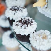 Flowers & Decor, pink, Classic, Vineyard, Cupcakes, Southern, Desserts, Feminine, Pastel, Julie tim
