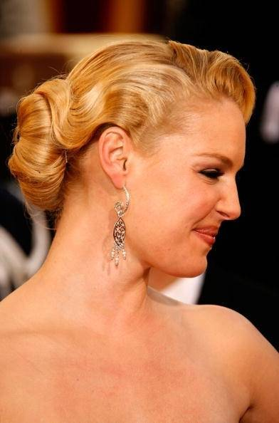 Beauty, Jewelry, silver, gold, Makeup, Updo, Hair, Pretty, Blonde, Chic, Hollywood, 1940s, Smile, Celebrity, Actress, Celeb, 1940supdo, Bridalupdo, Weddingupdo, Hairupdo, Oldhollywoodupdo, Lowupdo, Katherineheigl, Hollywoodglam