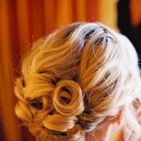 Beauty, Chignon, Curly Hair, Classic, Hair, Curly, Blonde, Curls, Classy, Lowupdo, Updoback, Curlyhair, Weddinghair, Bridalhair, Prettyhair