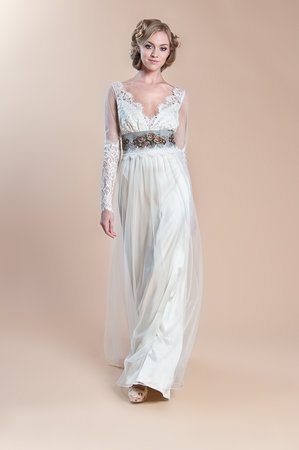 Wedding Dresses, Lace Wedding Dresses, Romantic Wedding Dresses, Fashion, Fall Weddings, Boho Chic Weddings, Garden Weddings, V-neck Wedding Dresses, Claire pettibone, Wedding Dresses with Sleeves