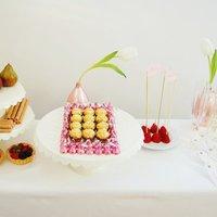 Create a Simple Champagne Reception