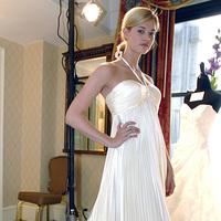 Wedding Dress Spotlight: Liz Fields