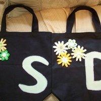 My first attempt at DIY: Bridesmaid Bags!