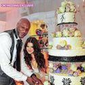 1375152419 thumb khloe cake 278x400