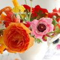 1375152457_thumb_1367430123_content_diy_a-modern-centerpiece_1